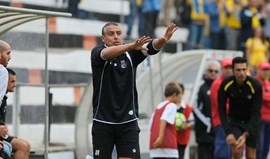 Caldas renova com o técnico José Vala