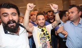 Lyon confirma saída de Valbuena para o Fenerbahçe