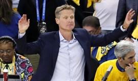Steve Kerr confirma que Warriors ainda vão discutir ida à Casa Branca