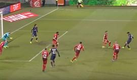 Paris SG mostra os melhores momentos de Gonçalo Guedes no clube