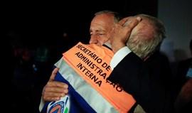 O abraço emocionado entre Marcelo Rebelo de Sousa e o secretário de Estado