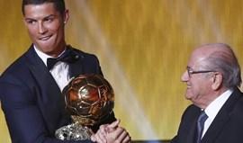 Blatter defende Ronaldo e critica cultura de suspeição em relação ao futebol