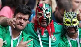 México apela aos adeptos que parem com insulto homofóbico