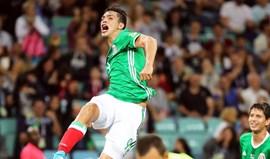 Raul Jiménez marca na vitória do México