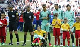 Cristiano Ronaldo jogou frente à Rússia com presente oferecido pela menina russa