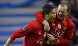 Pedidos para sair? Ronaldo é um 'menino' ao pé de Rooney