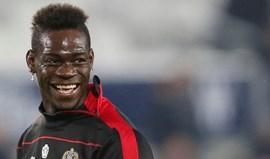 Balotelli está em negociações para renovar contrato com o Nice