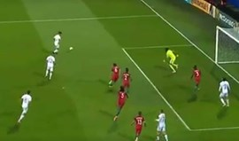 Corte fantástico de Edgar Ié em destaque na UEFA