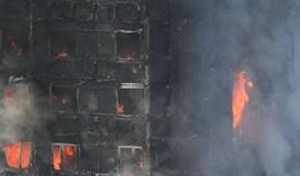 Receitas da 'Comunity Shield' revertem a favor das vitímas do incêndio na Torre Grenfell