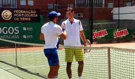 Três portugueses nas 'meias' do Open de São Domingos