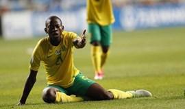 Cele estreia-se na seleção principal da África do Sul