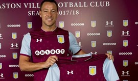 Presidente do Aston Villa confirma John Terry... no Twitter