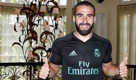 Dani Carvajal prolonga contrato com Real Madrid até 2022