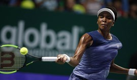 Venus Williams bate Muguruza e qualifica-se para meias-finais do Masters