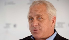 Greg LeMond responsabiliza Chris Froome pelo caso de doping