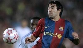 Deco no melhor onze de sempre do Barça