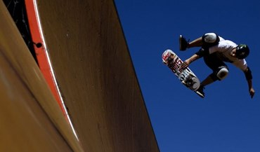 Voando num skate...