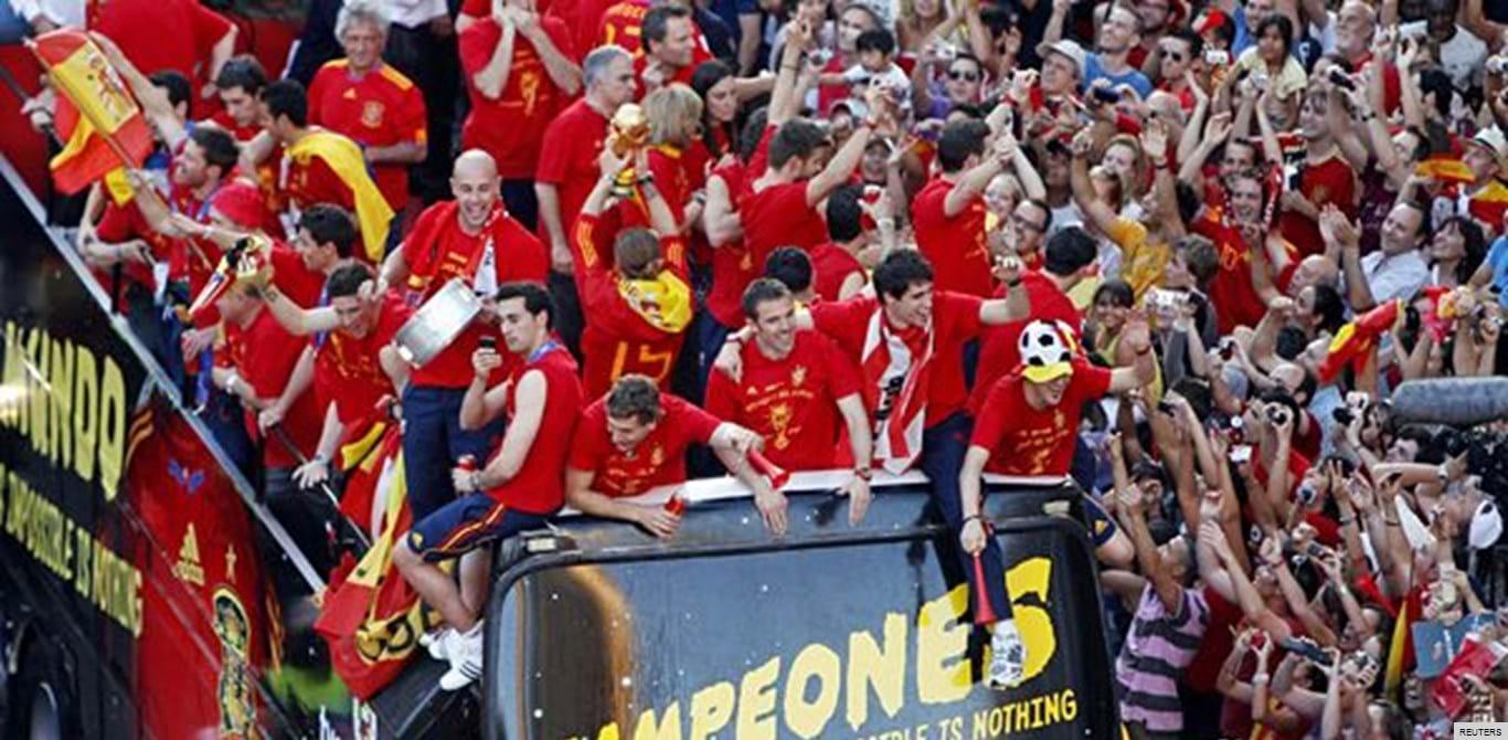 Espanha festeja o título