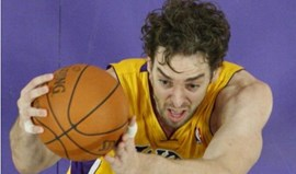Lakers afinados em Washington
