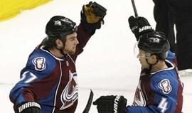 NHL: Avalanche cortou asas de Detroit