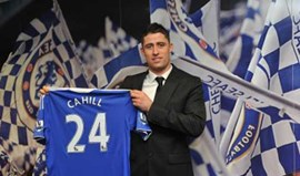 Gary Cahill confirmado no Chelsea