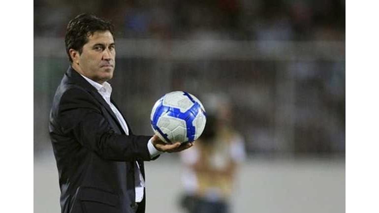 José Peseiro: «Só um lunático acreditaria no Sporting campeão»