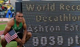 Ashton Eaton bate recorde mundial do decatlo