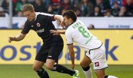 Eintracht sofre primeira derrota da época