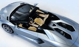 Lamborghini tira capota ao Aventador