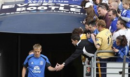 Phil Neville de saída do Everton