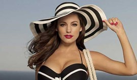 Kelly Brook vai subir altar?