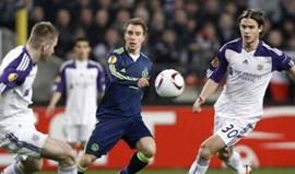 Christian Eriksen oferece-se ao Dortmund