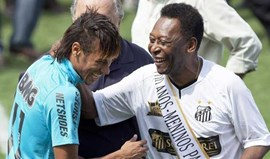 Pelé deixa Neymar fora do top'3 do Santos