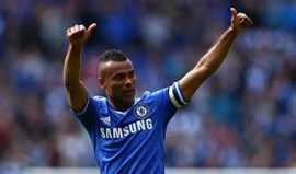 Ashley Cole na mira de Real Madrid e Monaco