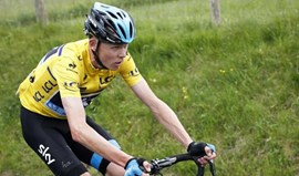 UCI nega ter favorecido Chris Froome