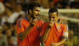Rodrigo marca na vitória do Valencia sobre o Milan (2-1)