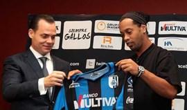Ronaldinho: «Sempre tive de vontade de viver no México»
