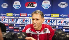Van Basten assume cargo de adjunto no AZ Alkmaar