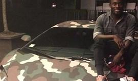 Essien apaixonado pelo Lamborghini de Muntari