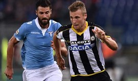 Juventus alinha Widmer para suceder a Lichtsteiner