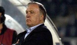 Dick Advocaat sai da seleção da Sérvia