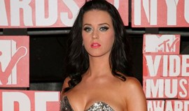 Katy Perry promete ousadia no Superbowl