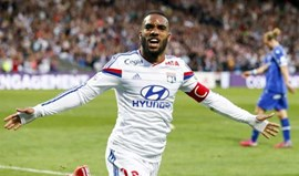 Arsenal aponta a Lacazette