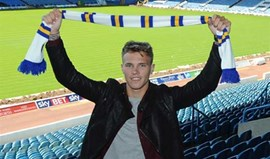 Leeds United contrata Lee Erwin