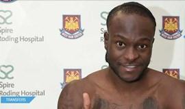 West Ham anuncia chegadas de Alex Song e Victor Moses
