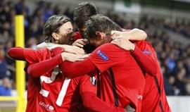 Grupo D: Nápoles e Midtjylland lideram