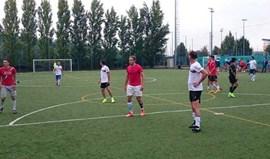 José Azevedo dá show de bola... com os calções do FC Porto