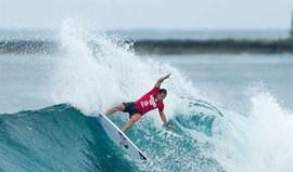 Tiago Pires ajuda a eliminar Vasco Ribeiro no Havai