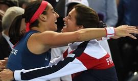 Rep. Checa, Suíça, França e Holanda nas meias-finais da Fed Cup