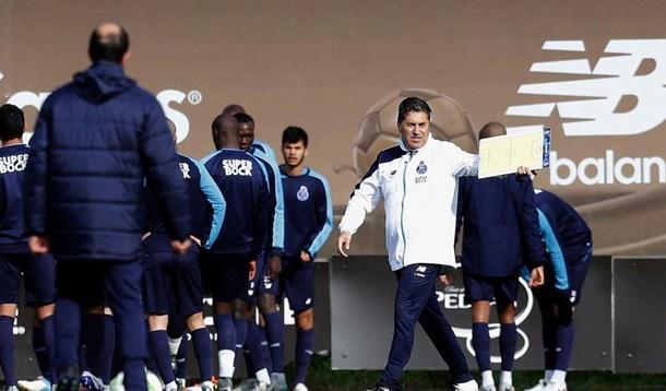 Evandro e Bueno à vista no FC Porto